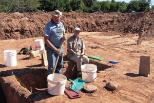 camp-verde-sextons-at-excavation-site